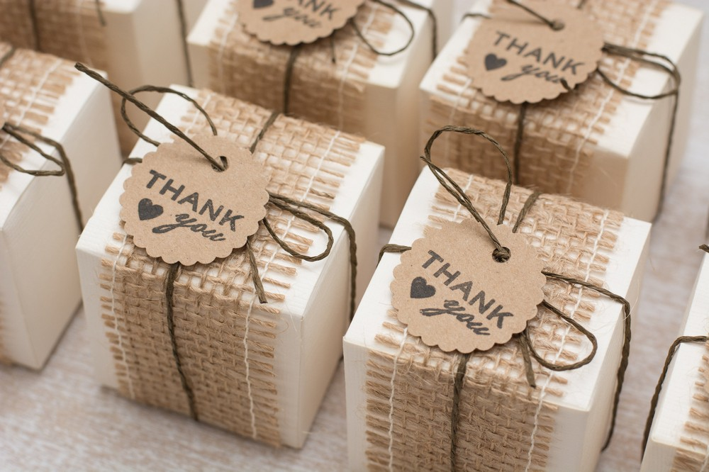 Should Holiday Business Gift be Imprinted?